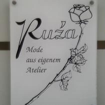 Schild mit Rose
